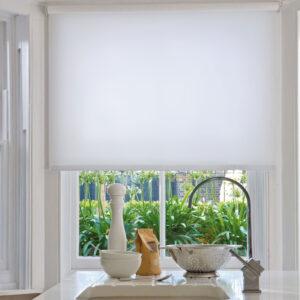 Заказать рулонные шторы на окна и двери.